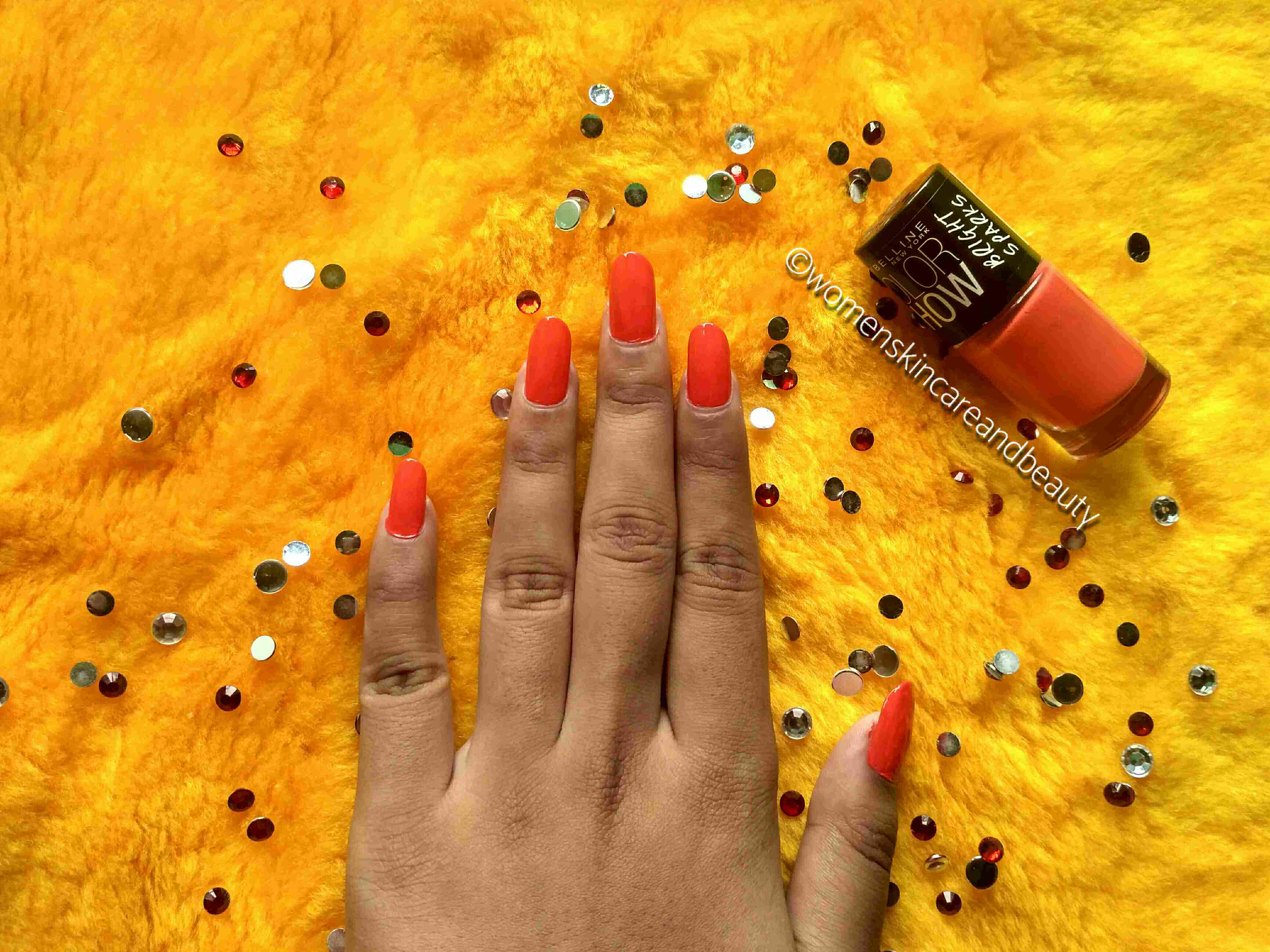 Maybelline Colorshow Bright Sparks Nail colour - Flash Of Coral