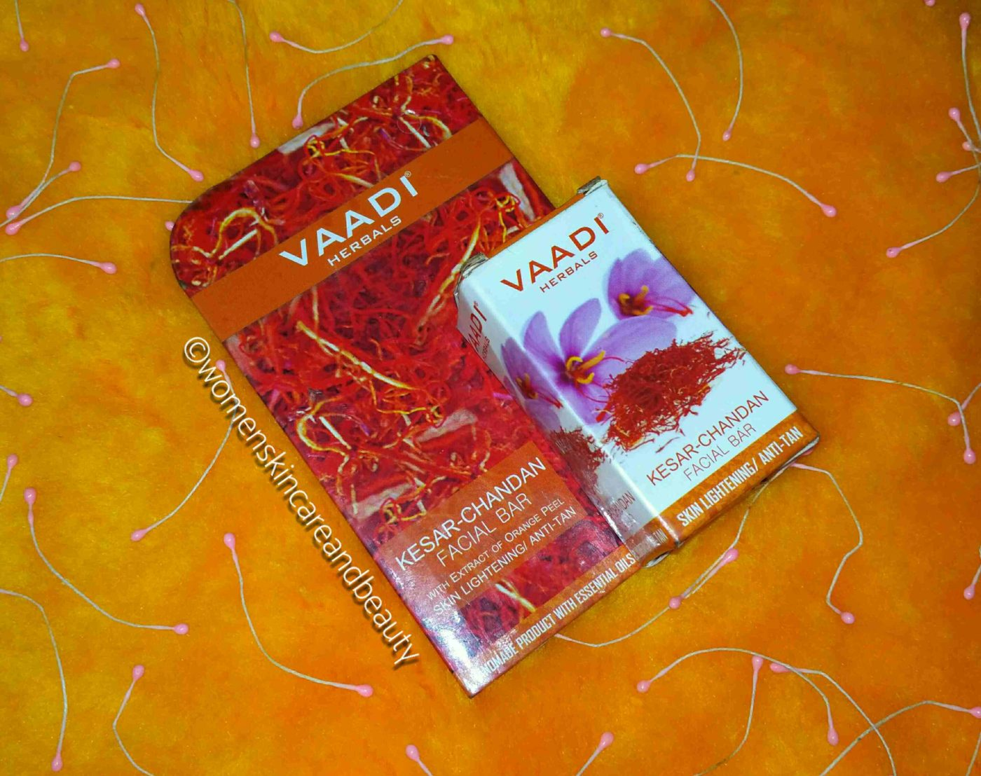 Vaadi Herbals Kesar Chandan Facial Bar